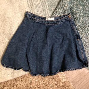 AMERICAN APPAREL: Denim Mini Skirt